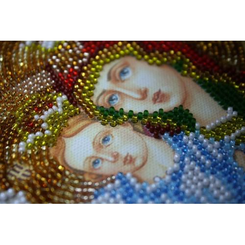 """Набір для вишивання бісером на натуральному художньому холсті """"Ікона Пресвятої Богородиці """"Милуюча"""""""