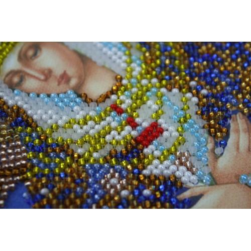 """Набір для вишивання бісером на натуральному художньому холсті """"Ікона Божої Матері """"Остробрамська"""""""