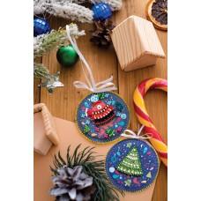"""Набір для вишивання бісером новорічної іграшки на натуральному художньому холсті """"Ведмежаткине свято"""""""